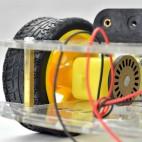 Dviejų pagrindų 4 varančių ratų roboto platforma